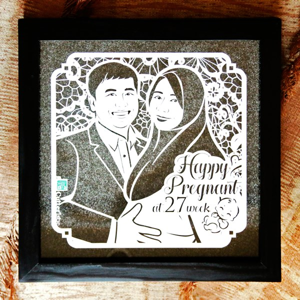 Seni ukir kertas dengan cutter untuk kado unik eksklusif kala ulang tahun, pernikahan, farewell dengan sketsa wajah
